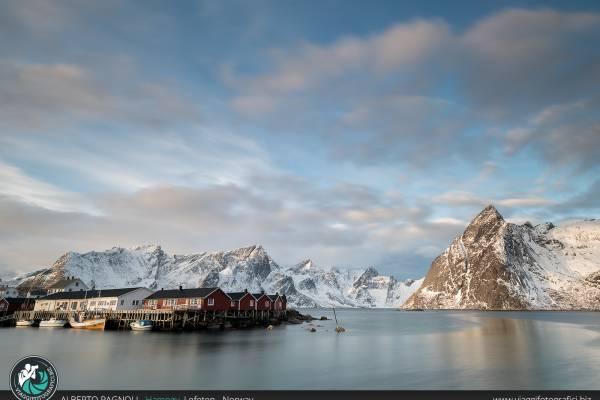 Porto di Hamnoy, isole Lofoten.