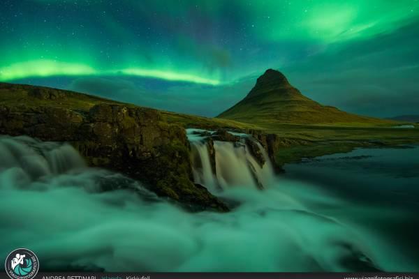 Kirkjufell: fotografie dello spettacolare monte Kirkjufell in Islanda.