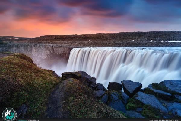 Fotografie realizzate presso la cascata di Dettifoss.