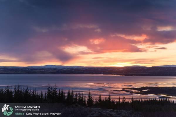 Pingvellir, parco nazionale d'Islanda. Dal 2004 è tra l'elenco dei Patrimoni Unesco