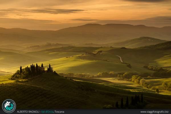 Fotografie del bellissimo e ampio Podere Belvedere in Val d'Orcia, Toscana