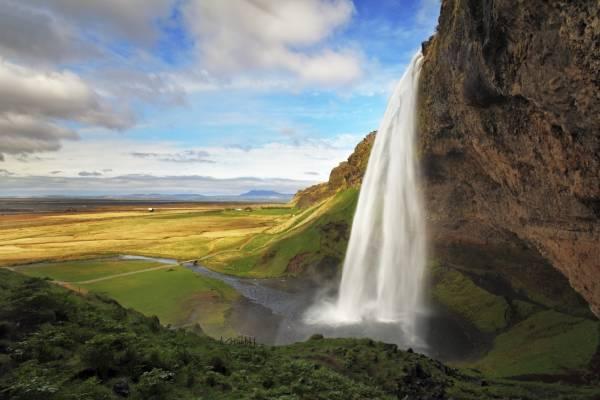 Seljalandsfoss: foto della cascata liquida, tra le più particolari cascate d'Islanda