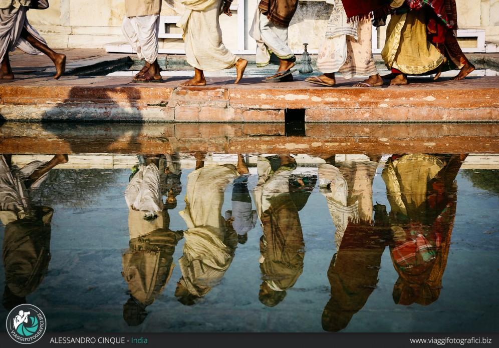 Agra: Riflesso al TAJ MAHAL.