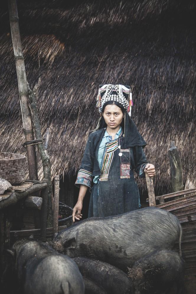 Laos - Donna della tribù degli Akha-Noukouy, sulle motagne al confine con la Cina.