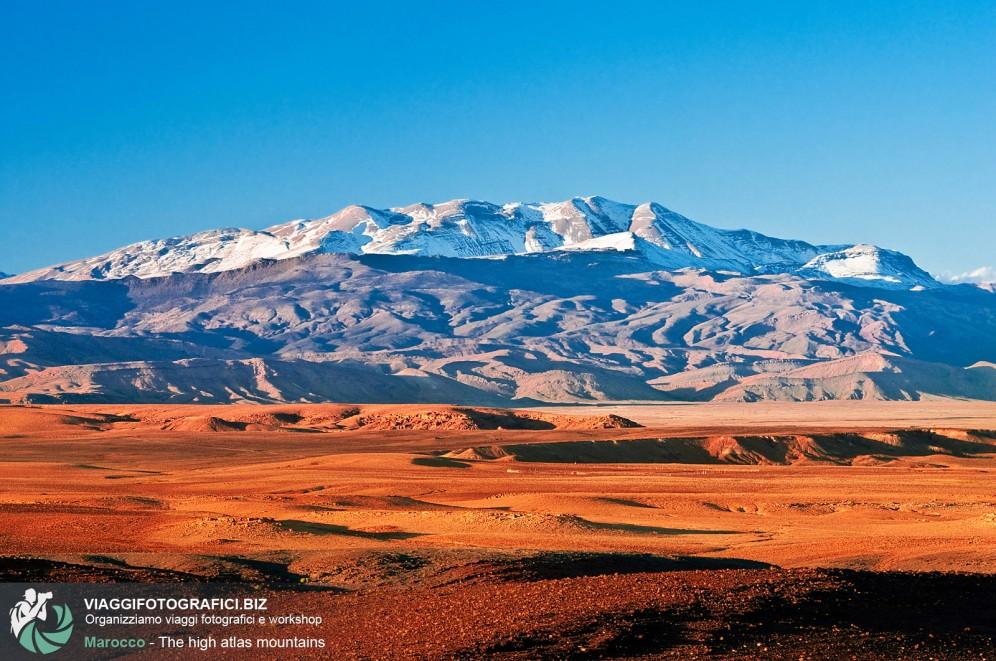 Montagne innevate e deserto: Marocco