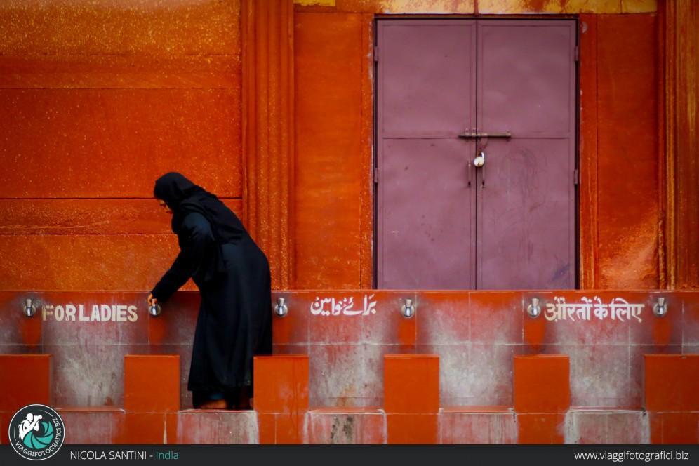Reportgae moschea Nuova Delhi.