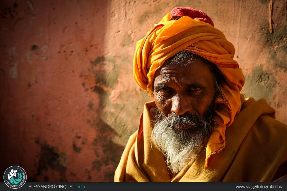New Delhi, ritratto di un sadu.