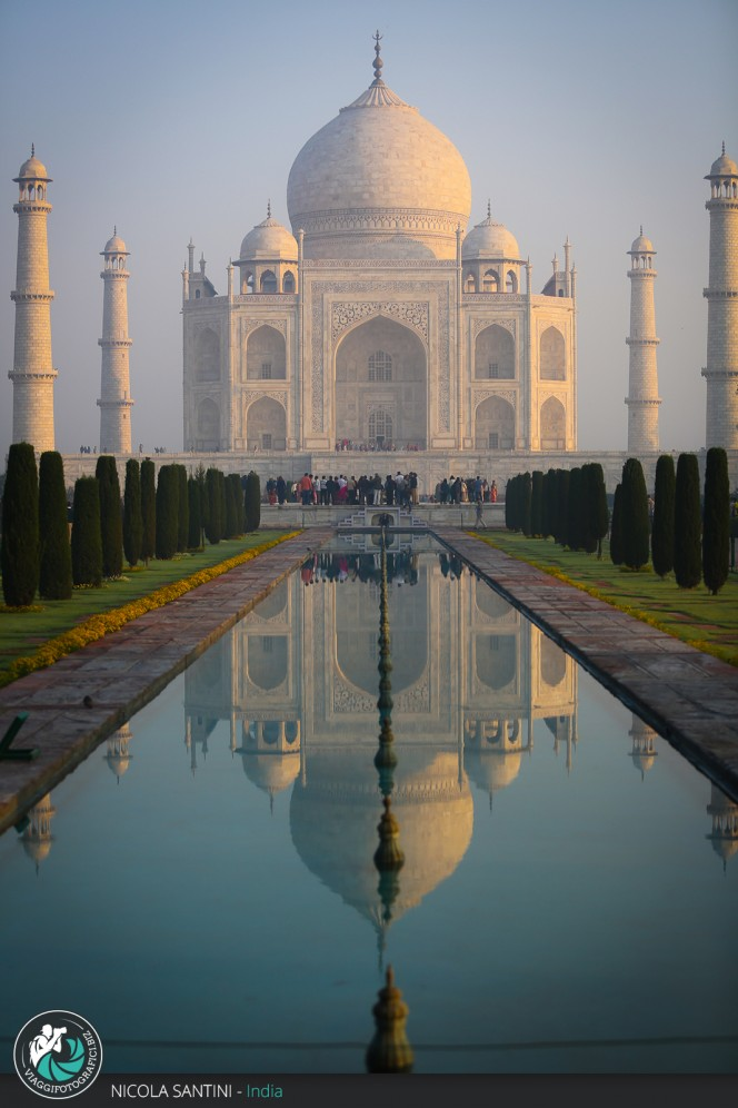 Taj Mahal, Agra - India.